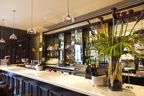 The Hilton Metropole Brighton Bar 2