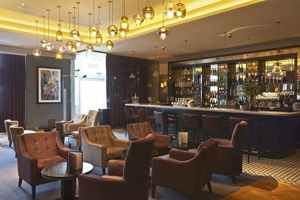 The Hilton Metropole Brighton Bar 4