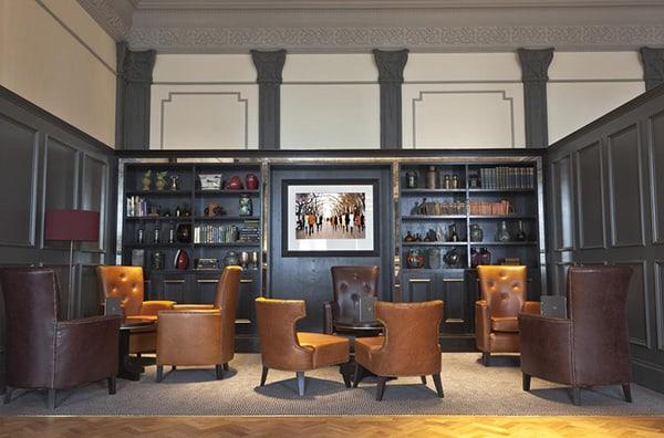 The Hilton Metropole Brighton Bar 6