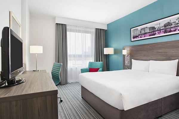 Jurys Inn Brighton Hotel bedrooms