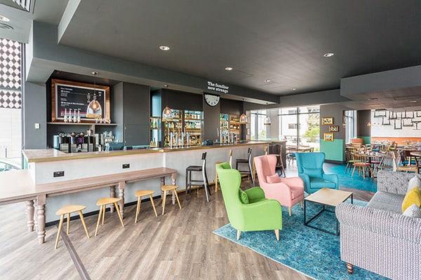 Jurys Inn Brighton Oddsocks Restaurant & Bar