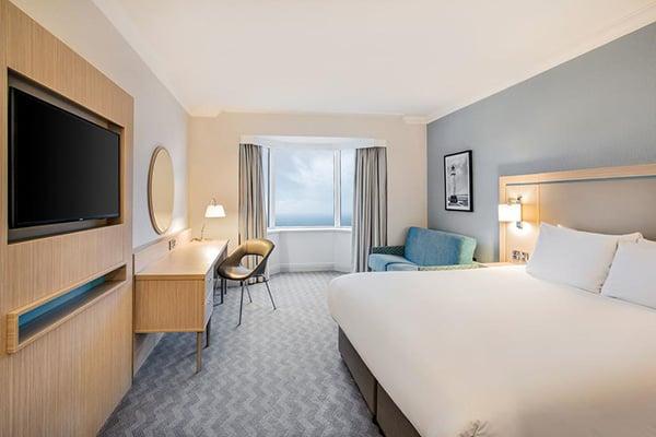 Jurys Inn Brighton Waterfront Bedroom