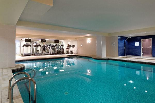 Jurys Inn Brighton Waterfront swimming pool